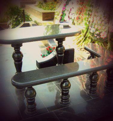столы и лавочки
